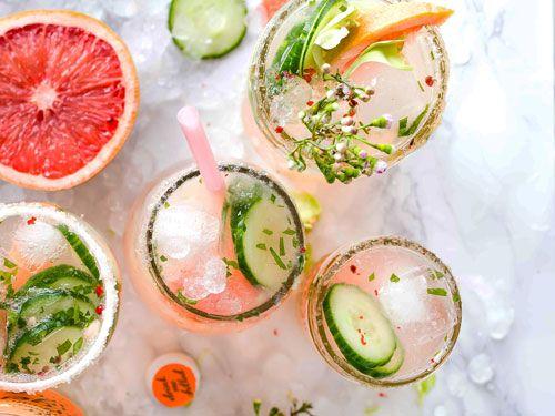 Refrescos y zumos con hielo