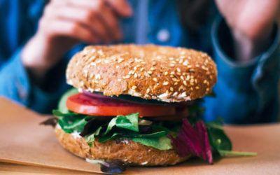 Si tienes SOP, estos deliciosos alimentos serán tus mejores amigos