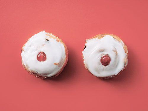 Pasteles-de-nata-con-guindas.-Muffins.