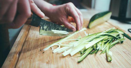 Persona cocinando