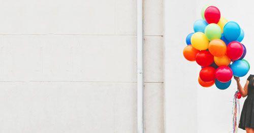 vientre-hinchado-menopausia---mujer-con-globos