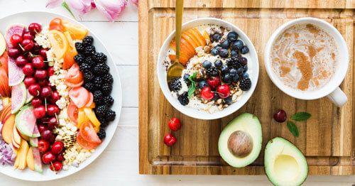 Alimentacion-saludable-en-la-menopausia-para-reducir-el-cansancio